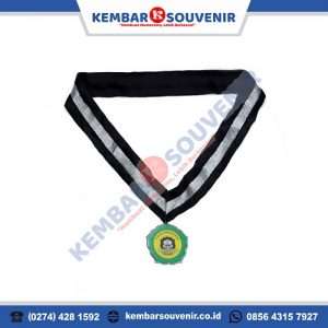 Gambar Medali Wisuda