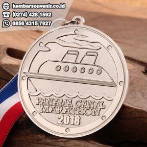 medali lari
