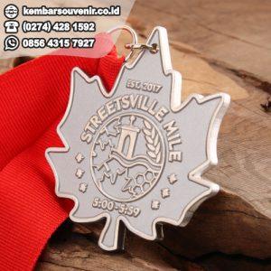 contoh medali