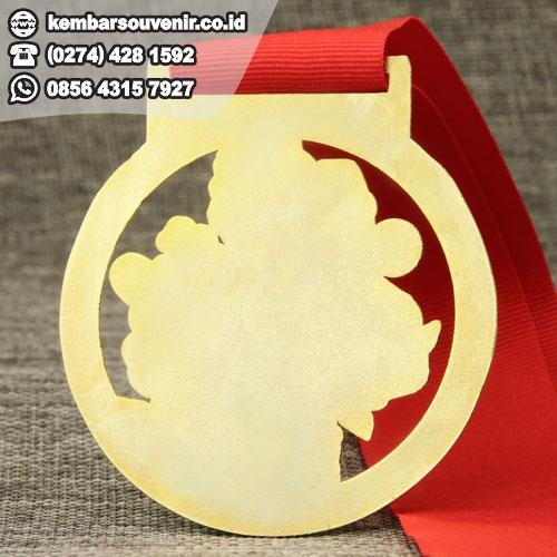 harga medali murah