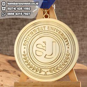 harga medali emas perak perunggu