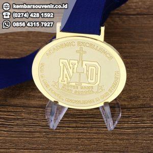 harga pembuatan medaliv